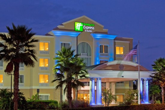 Holiday Inn Express Hotel & Suites New Tampa I-75 Bruce B. Downs: Award winning hotel is Ranked #1 in Guest service