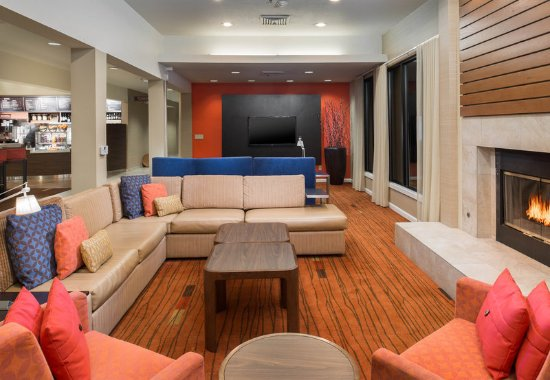 Vacaville, CA: Lobby - Seating Area