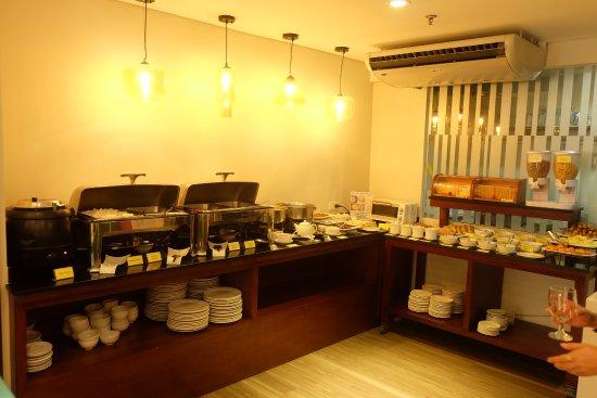 El Cielito Inn: Breakfast Buffet!!!
