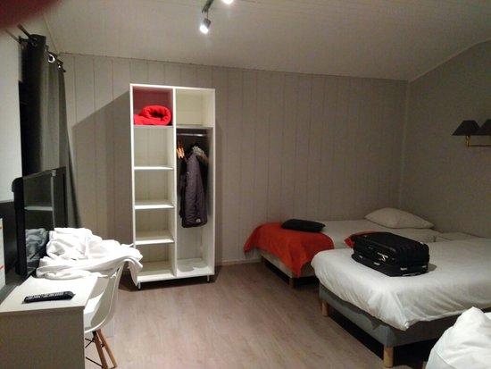 Strassen, Λουξεμβούργο: IMG_20171114_062350_large.jpg