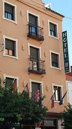 Hotel Dona Catalina : TA_IMG_20171115_091009_large.jpg