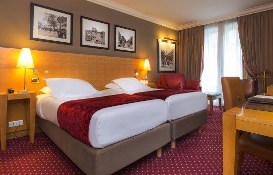 Hotel Royal Saint Michel Photo