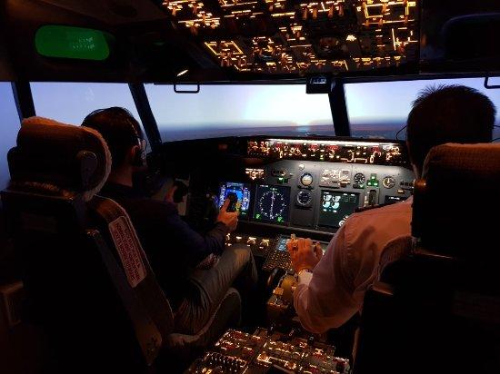 Flight Experience : 20171110_102758_large.jpg