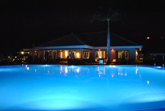 RedLevel at Gran Melia Palacio de Isora: RedLevel Pool by Night
