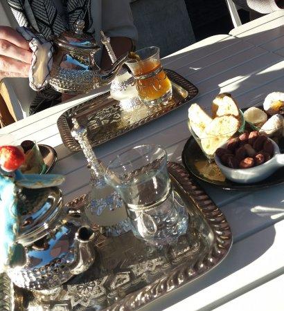 Marche-en-Famenne, Belgia: Thé à la marocaine