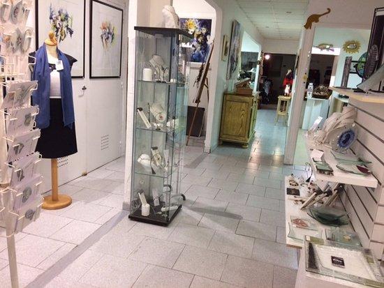 Burlats, Frankrijk: La boutique côté bleu de pastel