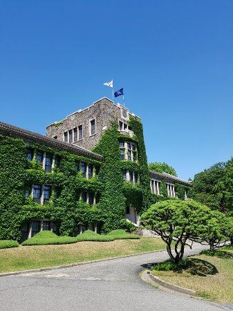‪Yonsei University Sinchon Campus‬