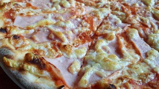 Pizzeria la Piazza: 20171115_123820_large.jpg