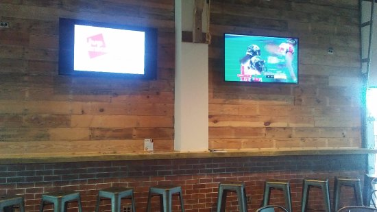 Concord, NC: Tv's for your favorite sports teams