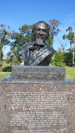Conroe, TX: Monument