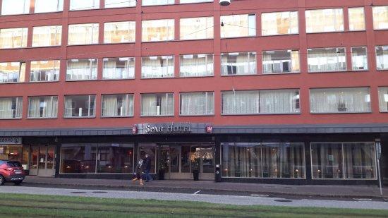 Spar Hotel Majorna: Front Entrance of Hotel