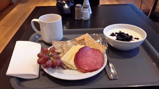 Spar Hotel Majorna: Breakfast assortment from large buffet offering