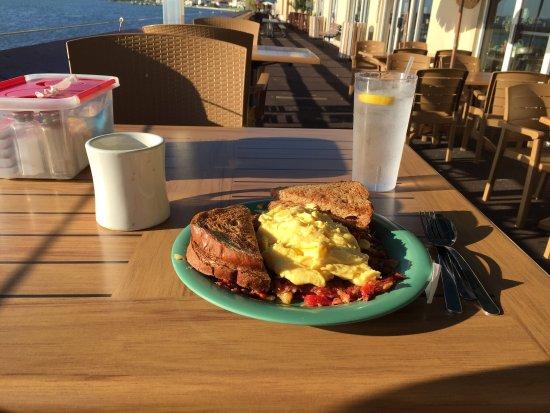 Maggie Mae's Sunrise Cafe: photo0.jpg
