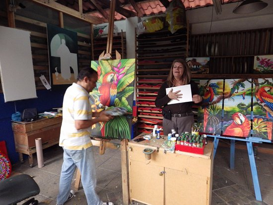 Sarchi, Costa Rica : The painter
