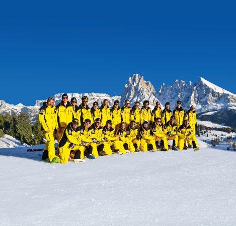 أورتيساي, إيطاليا: maestri di sci