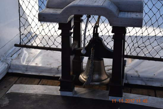 Hartlepool, UK: Ships Bell