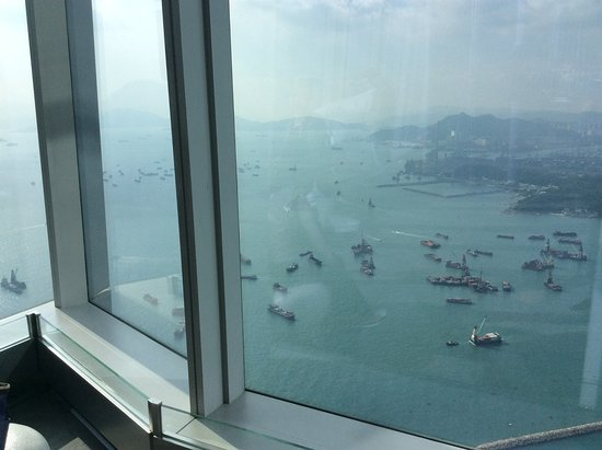 Sky100 Hong Kong Observation Deck: Awesome view of HK from sky100 observation deck