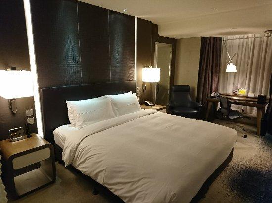 Hotel Icon (Hong Kong) - Wikipedia