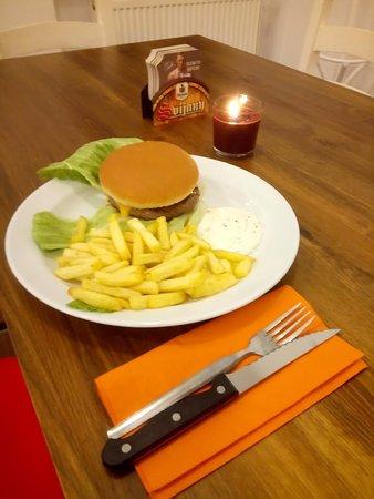 Vyskov, Repubblica Ceca: Hovězí burger