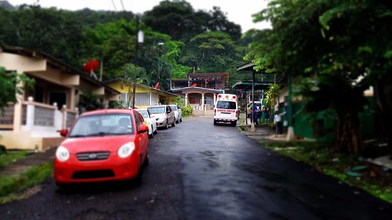 Street view to see Hostel Portobelo and clinic