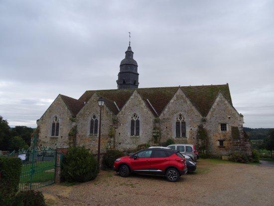 Moutiers au Perche, France : Notre-Dame du Mont Harout