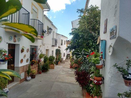 Almogia, Spain: Encantadores rincones del bello pueblo de Almogía