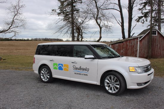 Bloomfield, Canadá: Small groups no problem, we have this compfy Ford Flex for your tour
