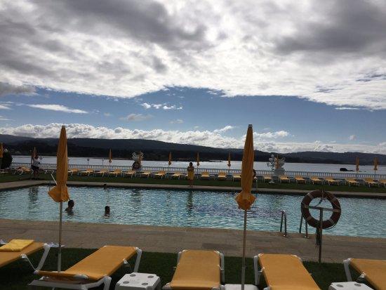 Eurostars Gran Hotel La Toja: piscina climatizada exterior