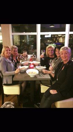 Spijkenisse, The Netherlands: de gezellige meiden groep