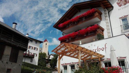 Laion, Italy: facciata hotel