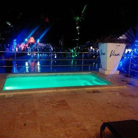 Viva Wyndham Dominicus Beach - An All-Inclusive Resort: IMG_20161214_001659_large.jpg