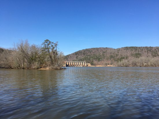 Albemarle, Carolina do Norte: Falls Dam