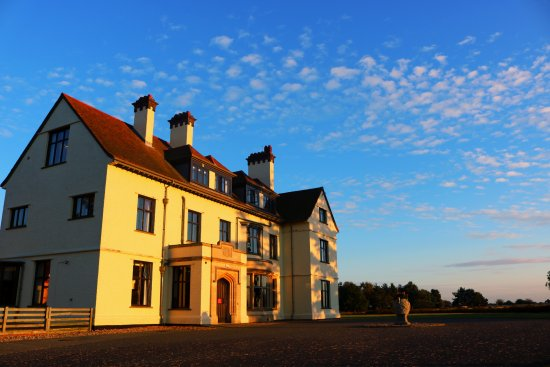 Sutton Hoo: Tranmer House bathed in sunlight