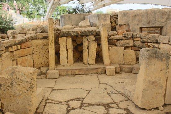 Tarxien, Malta: altare
