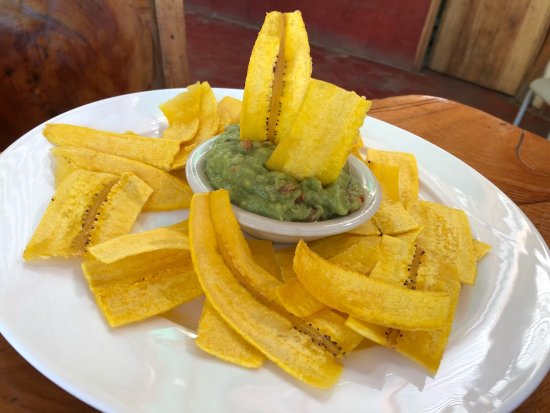 Cocles, Costa Rica: My wife and I drove back to this restaurant because it was close. It was worth the drive back. T