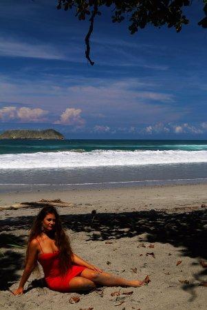 Quepos, Costa Rica: Playa Espadilla Norte2. Blog: unachicatrotamundos.com