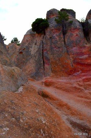 Frig Vadisi Tabiat Parki: Frig vadisi kaya renkleri