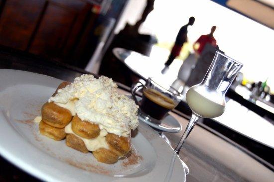 Scottburgh, South Africa: Tiramisu,Lemoncillo and cafe -It just does not get better