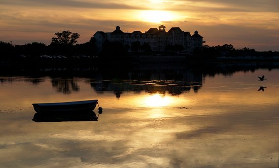 The Villages, Floride : All is gold on Lake Sumter