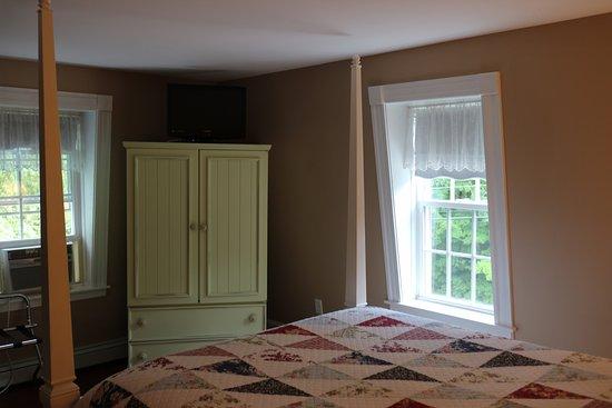 Ballard House Inn: Squam Room