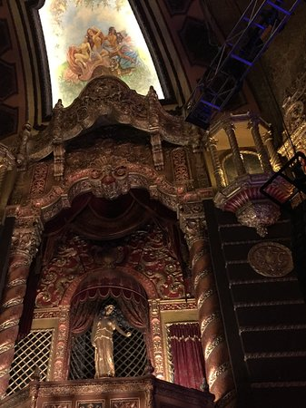 Staten Island, NY: The beautiful interior of the St. George Theatre.