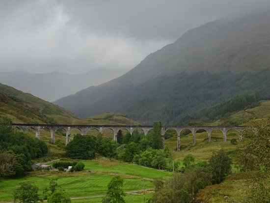 Glenfinnan, UK: The Viaduct