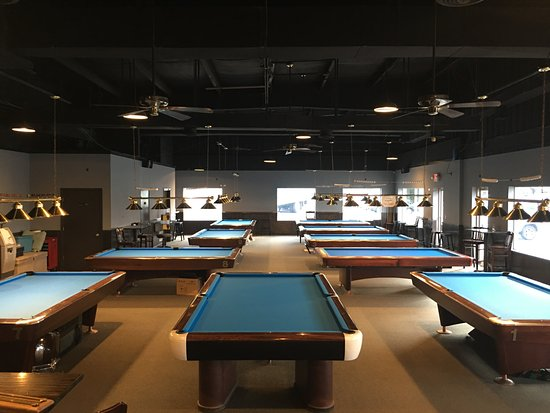 Front Royal, VA: 8 - 9' tables; 1 - 10' snooker table; and 1 - 9' 3-cushion billiards table