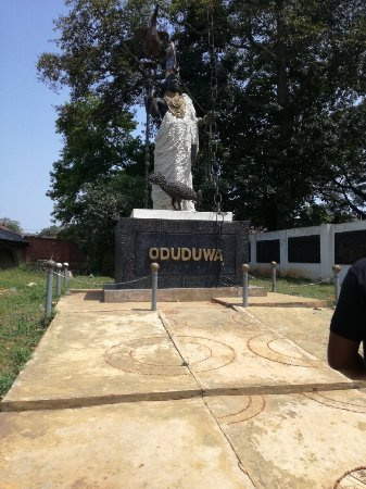 Oduduwa was the first Ooni, King of Ile-Ife. The groove and shrine is a great historical site. a