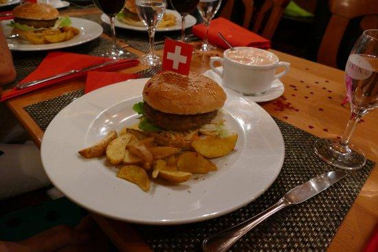 Nidau, Schweiz: excellent Hamburger avec viande de première qualité