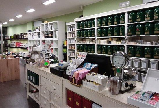 Storie di t e caff ferrara italien omd men for 2 negozio di storie con alloggi