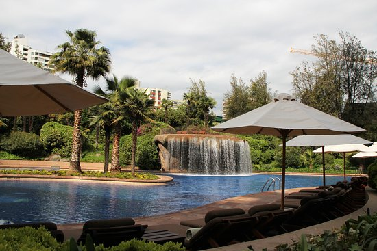 Pool area of Hotel Santiago by Mandarin