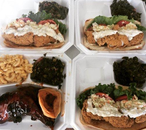 Front Royal, Virginie : Catfish Po' Boy's!  Chicken Quarter Dinner.