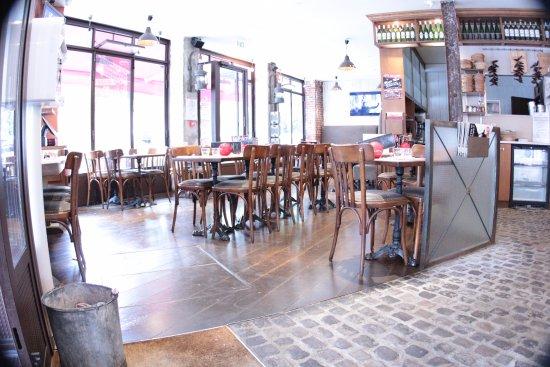 restaurant chez papa 15 paris restaurant avis num ro de t l phone photos tripadvisor. Black Bedroom Furniture Sets. Home Design Ideas