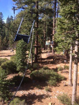Tahoe City, Kaliforniya: a flying squirrel zip line